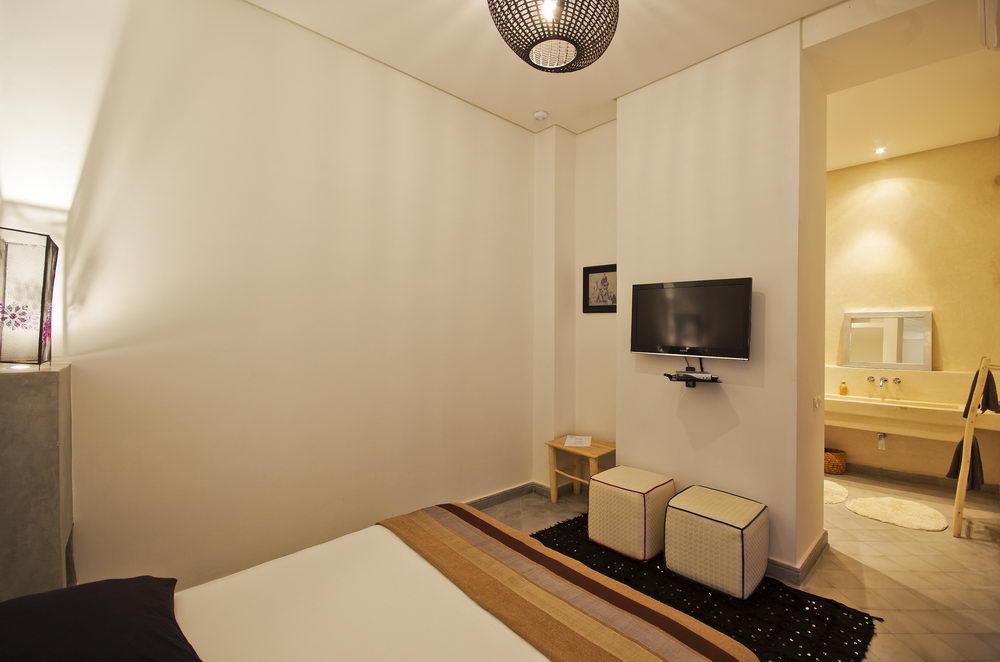 Settat Room